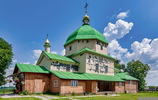 Church of the Exaltation of the Holy Cross in Volsvyn, Ukraine, photo 3