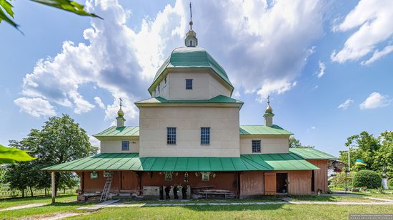 Church of the Exaltation of the Holy Cross in Volsvyn, Ukraine, photo 8