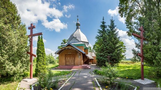 Church of the Transfiguration in Volytsya, Lviv Oblast, Ukraine, photo 3