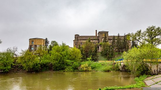 Palace of Count Ksido in Khmilnyk, Vinnytsia Oblast, Ukraine, photo 3
