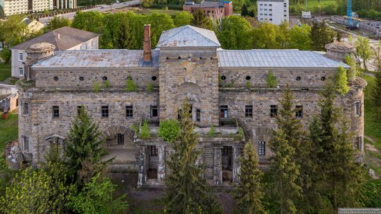 Palace of Count Ksido in Khmilnyk, Vinnytsia Oblast, Ukraine, photo 4