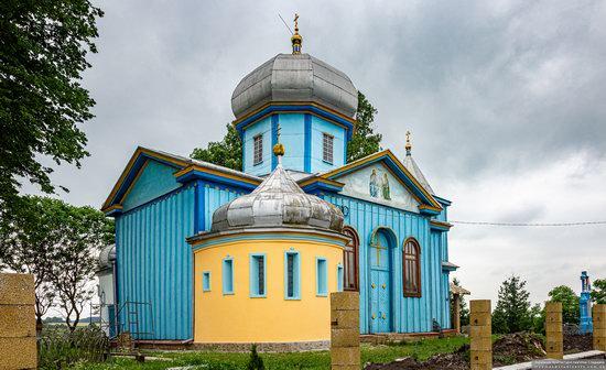 Church of the Holy Trinity in Shpykolosy, Lviv Oblast, Ukraine, photo 3