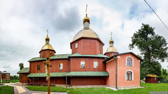 Church of St. Michael the Archangel in Pervyatychi, Lviv Oblast, Ukraine, photo 4