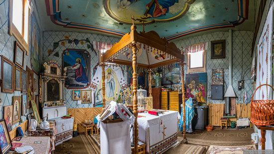 Church of the Holy Apostles Peter and Paul in Lazeshchyna, Zakarpattia Oblast, Ukraine, photo 9