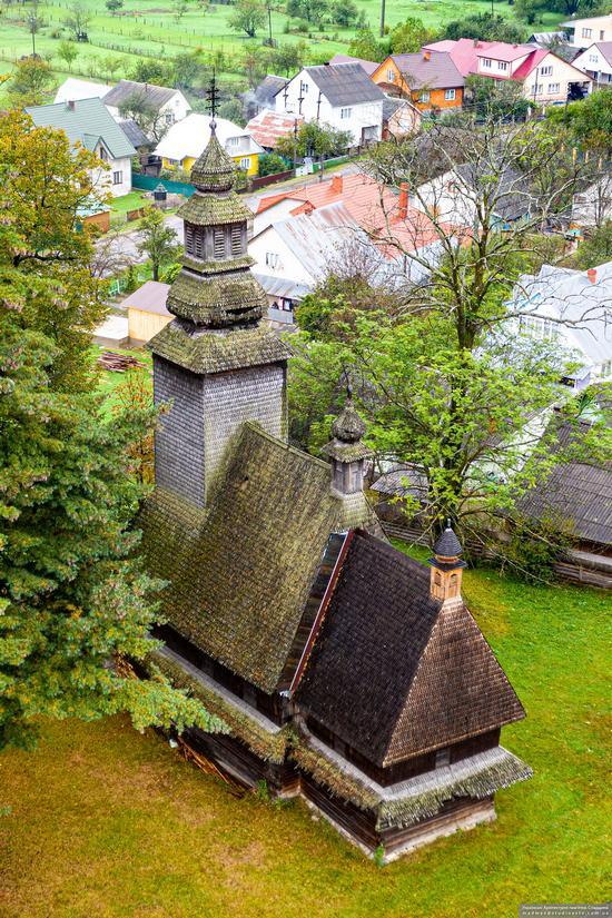 Church of the Holy Spirit in Kolochava, Zakarpattia Oblast, Ukraine, photo 2