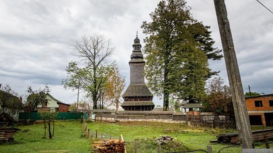 Church of the Holy Spirit in Kolochava, Zakarpattia Oblast, Ukraine, photo 4