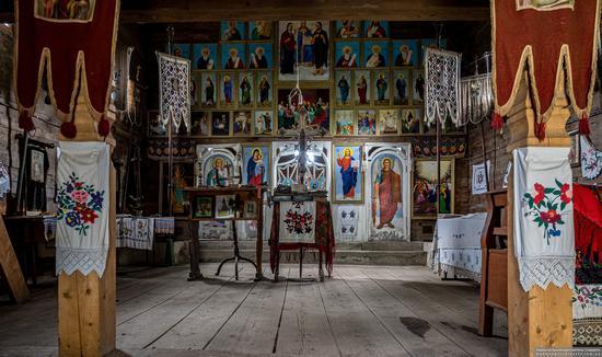 Church of the Holy Spirit in Kolochava, Zakarpattia Oblast, Ukraine, photo 6