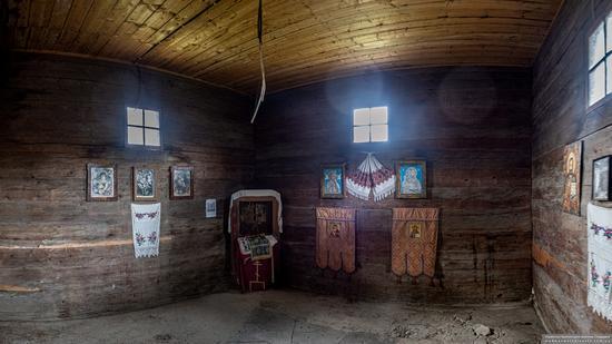 Church of the Holy Spirit in Kolochava, Zakarpattia Oblast, Ukraine, photo 7
