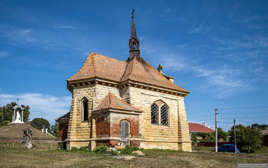Roman Catholic Church-Chapel in Antoniv, Ternopil Oblast, Ukraine, photo 3