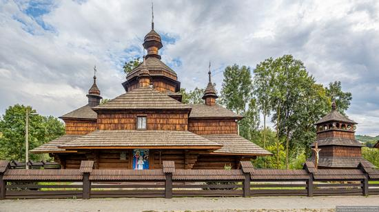 Church of the Assumption of the Virgin in Hvizd, Ivano-Frankivsk Oblast, Ukraine, photo 2