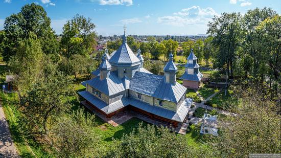 Church in Horishnje Zaluchchya, Ivano-Frankivsk Oblast, Ukraine, photo 1