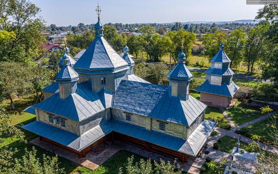 Church in Horishnje Zaluchchya, Ivano-Frankivsk Oblast, Ukraine, photo 10