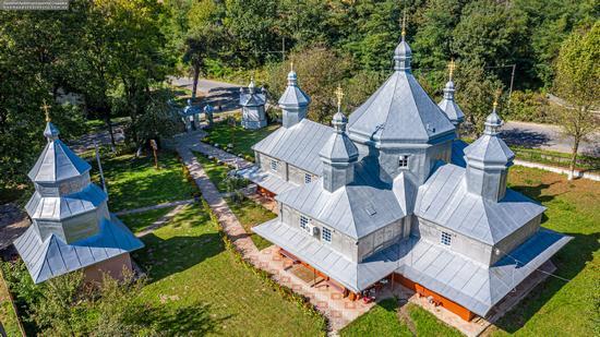 Church in Horishnje Zaluchchya, Ivano-Frankivsk Oblast, Ukraine, photo 11