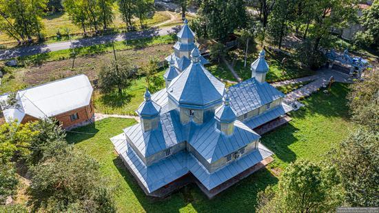 Church in Horishnje Zaluchchya, Ivano-Frankivsk Oblast, Ukraine, photo 12