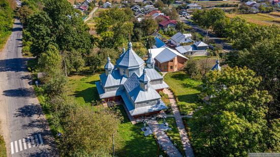 Church in Horishnje Zaluchchya, Ivano-Frankivsk Oblast, Ukraine, photo 13