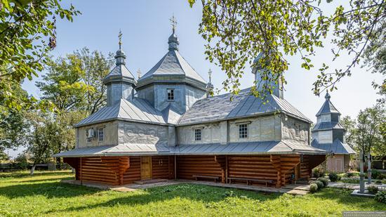 Church in Horishnje Zaluchchya, Ivano-Frankivsk Oblast, Ukraine, photo 3