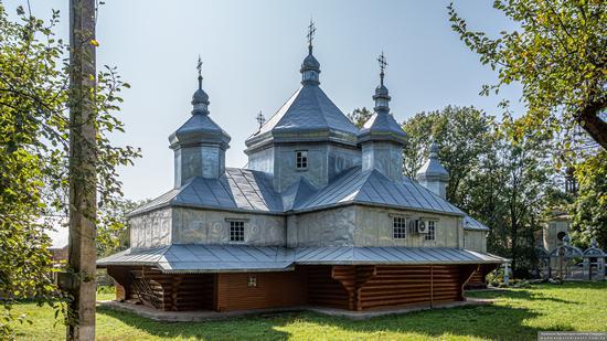 Church in Horishnje Zaluchchya, Ivano-Frankivsk Oblast, Ukraine, photo 5