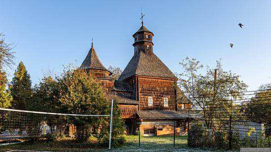 Church of the Exaltation of the Holy Cross in Drohobych, Ukraine, photo 7
