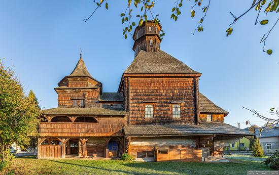 Church of the Exaltation of the Holy Cross in Drohobych, Ukraine, photo 8