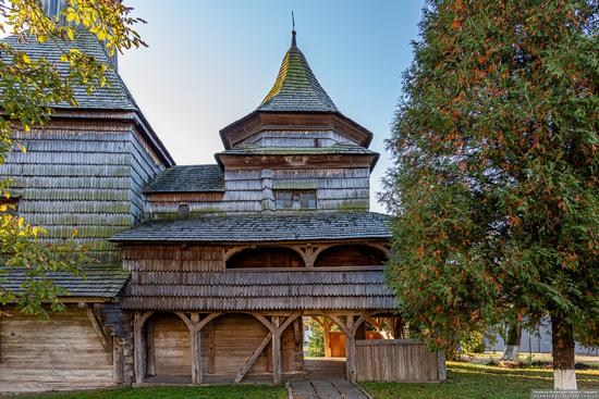 Church of the Exaltation of the Holy Cross in Drohobych, Ukraine, photo 9