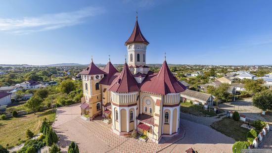 Church of St. Elijah in Toporivtsi, Chernivtsi Oblast, Ukraine, photo 1