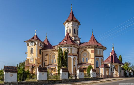 Church of St. Elijah in Toporivtsi, Chernivtsi Oblast, Ukraine, photo 3