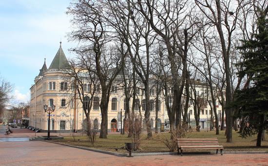 Mid April in the center of Chernihiv, Ukraine, photo 10