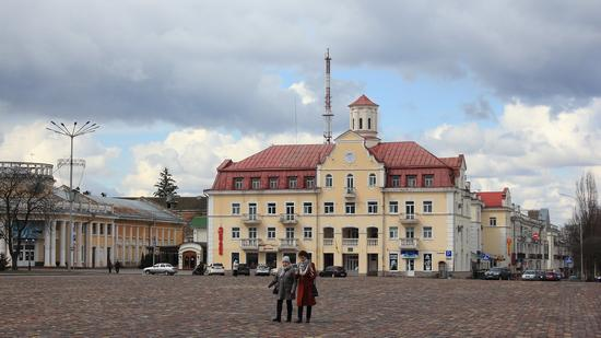 Mid April in the center of Chernihiv, Ukraine, photo 3