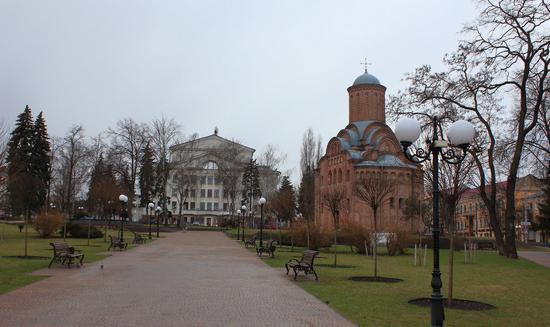 Mid April in the center of Chernihiv, Ukraine, photo 6