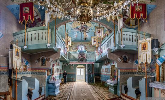 Church of the Holy Virgin in Matkiv, Lviv Oblast, Ukraine, photo 9