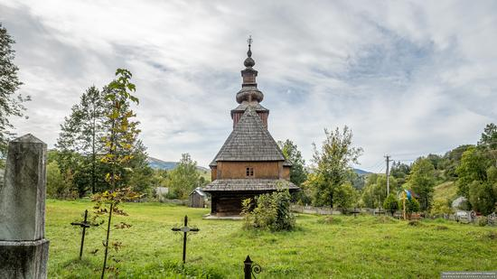 Church of the Nativity of the Blessed Virgin in Pylypets, Ukraine, photo 5