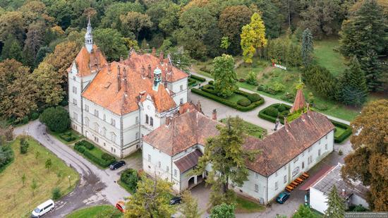 Palace of Counts Schonborn in Zakarpattia Oblast, Ukraine, photo 4