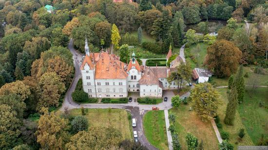 Palace of Counts Schonborn in Zakarpattia Oblast, Ukraine, photo 5