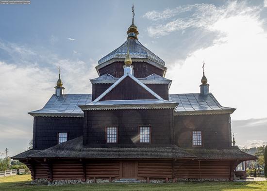 Church of the Exaltation of the Holy Cross in Mykytyntsi, Ivano-Frankivsk Oblast, Ukraine, photo 3