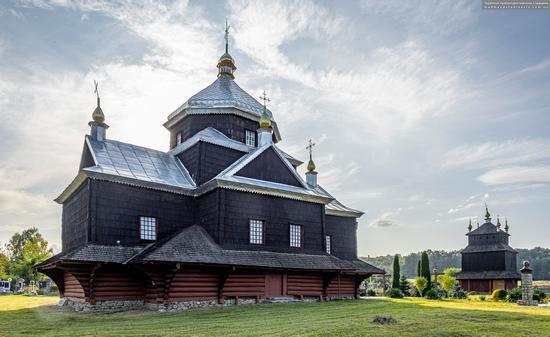 Church of the Exaltation of the Holy Cross in Mykytyntsi, Ivano-Frankivsk Oblast, Ukraine, photo 4