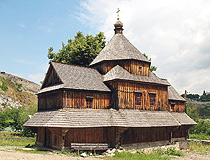 Kamenets Podolskiy wooden church