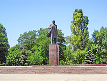 Monument to Lenin (demolished in 2016)