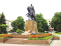 Monument to Daniel of Galicia in Ternopil