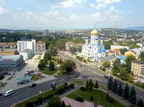 УЖГОРОД Uzhgorod-ukraine-city-views-13